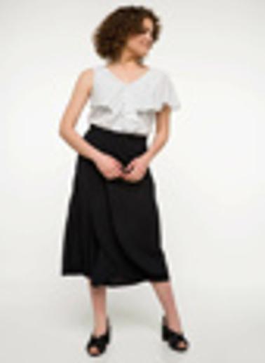 DeFacto Puantiye Desenli Kolsuz Bluz Beyaz